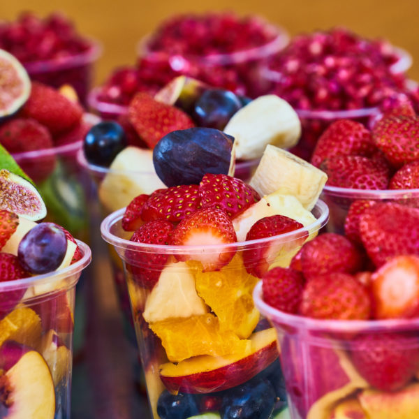 assorted-fruits-on-disposable-plastic-cups-3085148